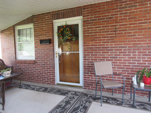 2 bed 1 bath Single Family at 8193 Maple Ave Stonewood, WV, 26301 is for sale at 105k - 1 of 22