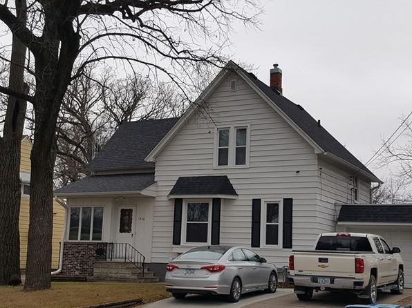 2 bed 1.75 bath Single Family at 1526 Floral Ave Fort Dodge, IA, 50501 is for sale at 105k - 1 of 12