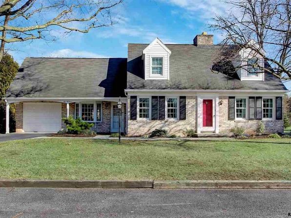 3 bed 3 bath Single Family at 100 Confederate Dr Gettysburg, PA, 17325 is for sale at 285k - 1 of 36
