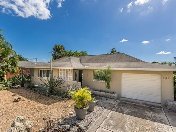 3 bed 2 bath Single Family at 1322 SHELBY PKWY CAPE CORAL, FL, 33904 is for sale at 355k - 1 of 25