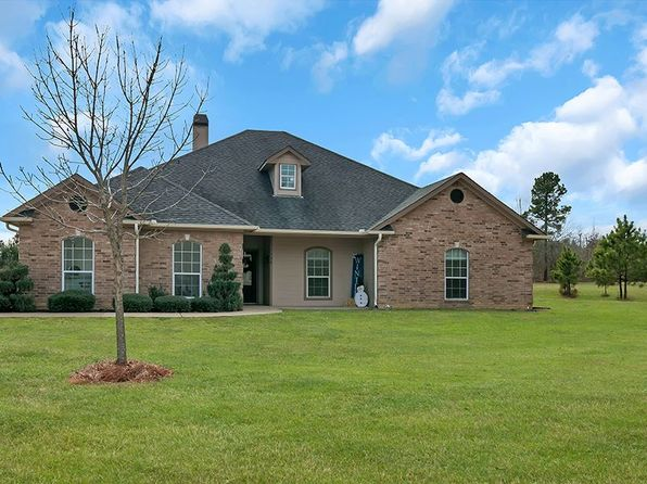 4 bed 3 bath Single Family at 129 Deerfield Rd N Longview, TX, 75605 is for sale at 275k - 1 of 25