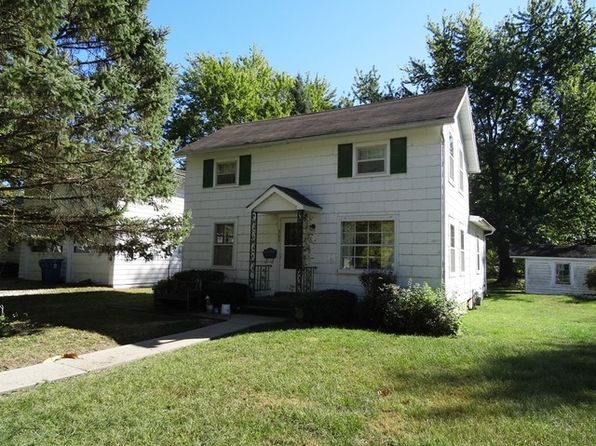 3 bed 1 bath Single Family at 305 E James St Dwight, IL, 60420 is for sale at 60k - 1 of 16
