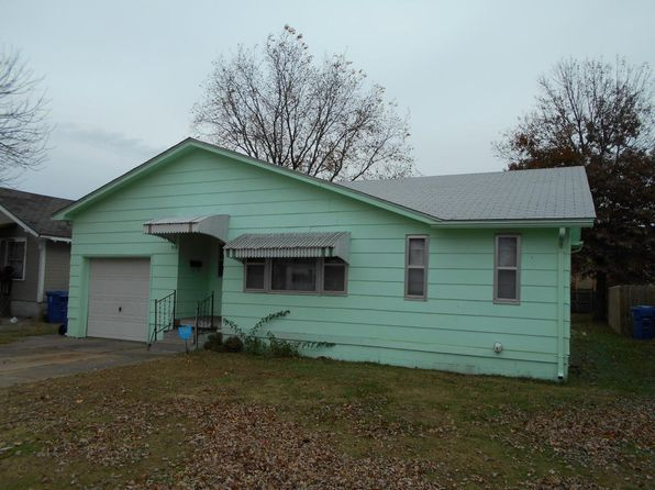 3 bed 2 bath Single Family at 918 B St NW Miami, OK, 74354 is for sale at 40k - 1 of 10