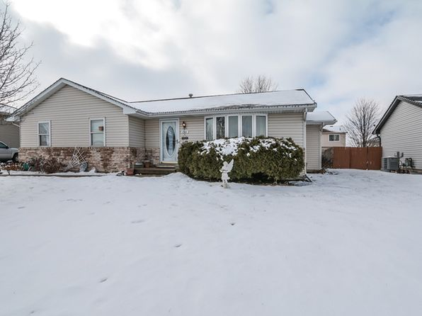 3 bed 2 bath Single Family at 1911 Great Falls Dr Plainfield, IL, 60586 is for sale at 210k - 1 of 33