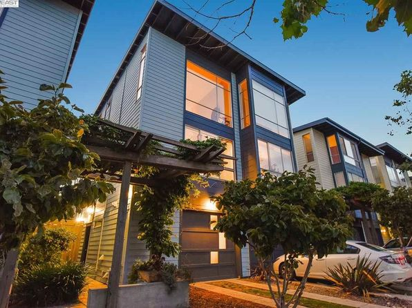 2 bed 2 bath Single Family at 3227 Magnolia St Oakland, CA, 94608 is for sale at 699k - 1 of 19