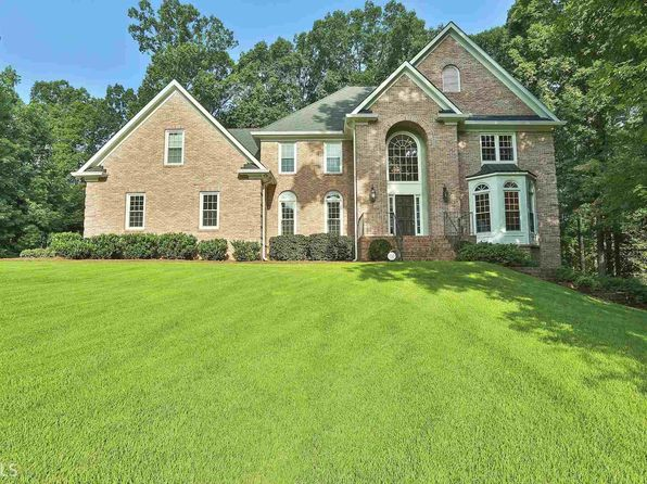 3 bed 6 bath Single Family at 255 Emerald Lake Dr Fayetteville, GA, 30215 is for sale at 430k - 1 of 36