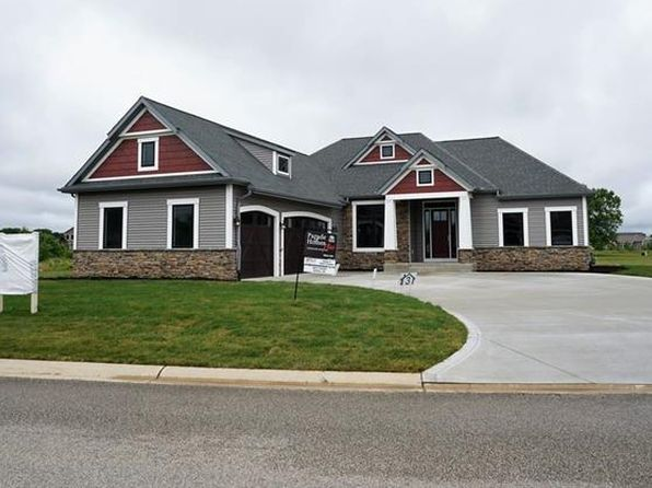 3 bed 2 bath Single Family at 5554 Deer Hollow Dr South Bend, IN, 46614 is for sale at 390k - 1 of 29