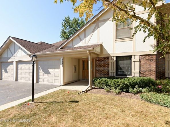 3 bed 2 bath Condo at 1152 Middlebury Ln Wheeling, IL, 60090 is for sale at 185k - 1 of 10