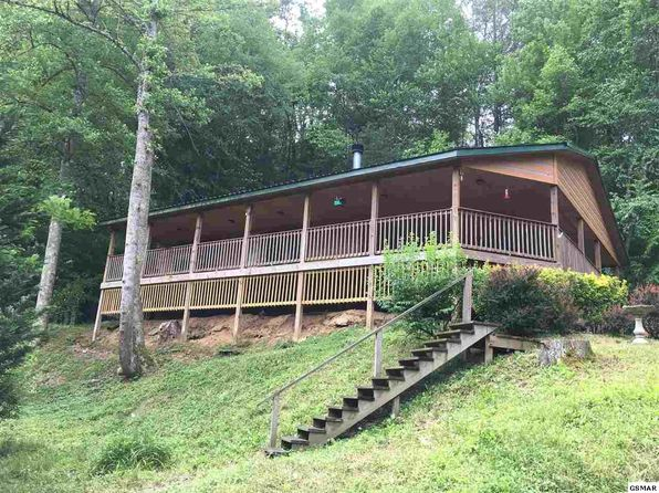 3 bed 2 bath Single Family at 559 Proffitt Rd Gatlinburg, TN, 37738 is for sale at 230k - 1 of 25