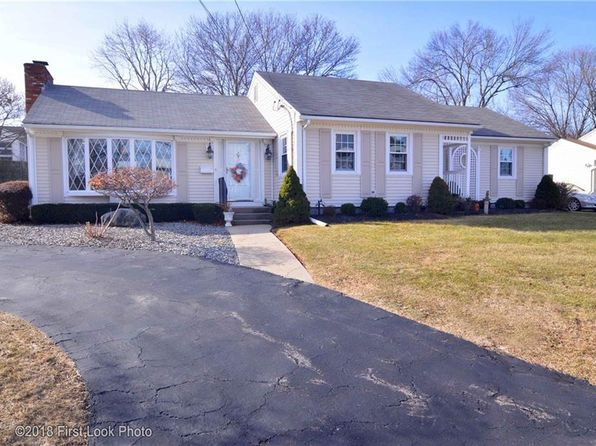 4 bed 2 bath Single Family at 15 Chedell Ave East Providence, RI, 02914 is for sale at 265k - 1 of 34