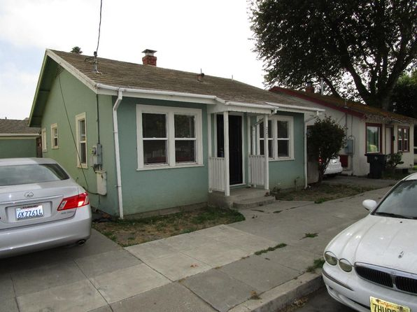 2 bed 1 bath Single Family at 221 Park St Salinas, CA, 93901 is for sale at 290k - 1 of 12