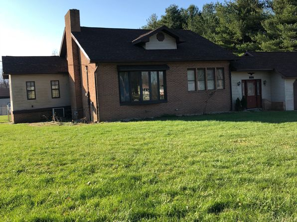4 bed 2 bath Single Family at 5130 Old Paris Rd West Terre Haute, IN, 47885 is for sale at 130k - 1 of 9