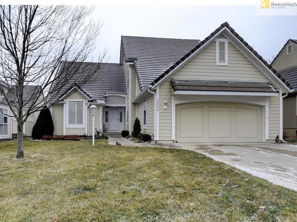 3 bed 3 bath Single Family at 12209 Sagamore Rd Leawood, KS, 66209 is for sale at 320k - 1 of 24