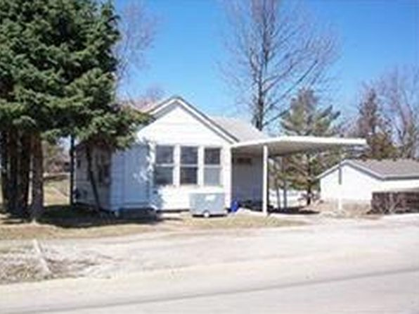 1 bed 1 bath Single Family at 211 S 8th Ave Vinton, IA, 52349 is for sale at 24k - 1 of 4
