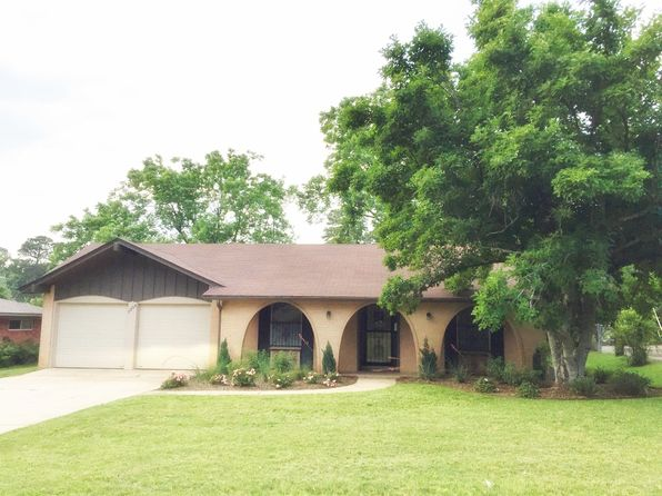 3 bed 2 bath Single Family at 1304 W 40th St Texarkana, TX, 75503 is for sale at 130k - 1 of 12