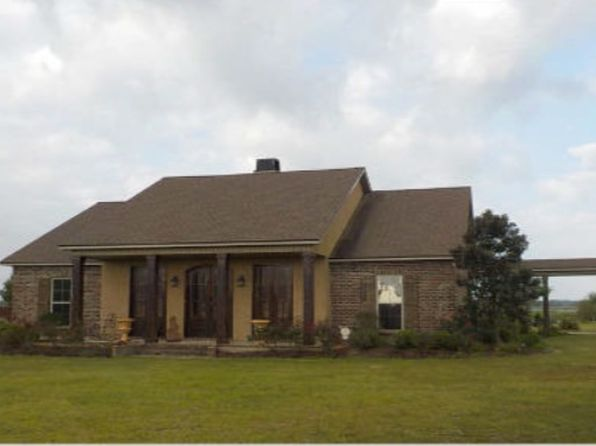 3 bed 3 bath Single Family at 1115 Chinaberry Dr Eunice, LA, 70535 is for sale at 340k - 1 of 20