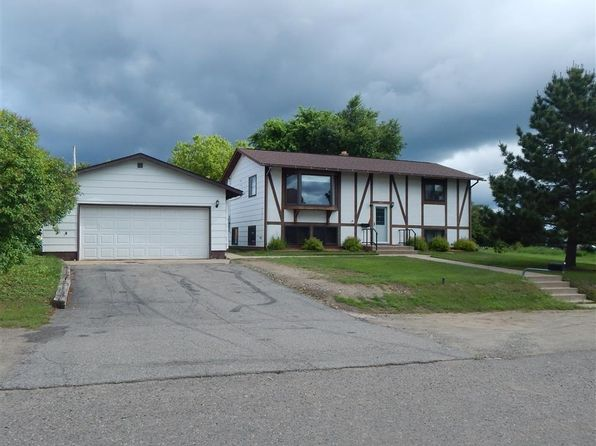 4 bed 2 bath Single Family at 945 E James St Ely, MN, 55731 is for sale at 163k - 1 of 23