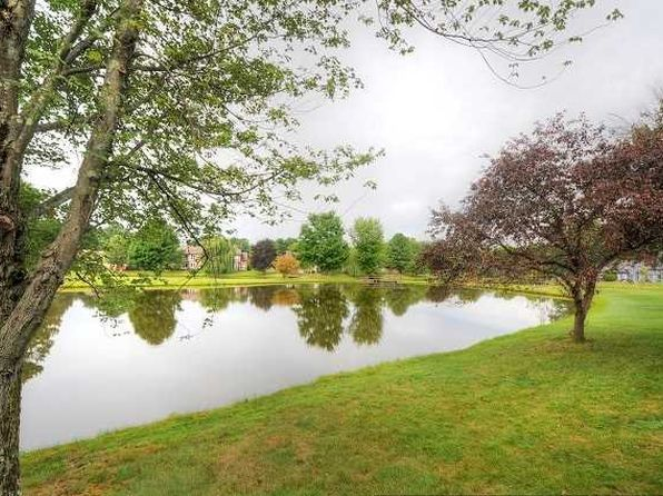 1 bed 2 bath Condo at 16 Pond Dr E Rhinebeck, NY, 12572 is for sale at 269k - 1 of 27