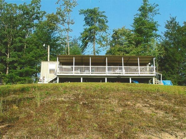 2 bed 1 bath Single Family at 622 Sharpe Rd Huntsville, TN, 37756 is for sale at 55k - 1 of 3