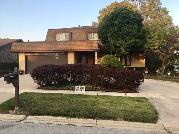 4 bed 3 bath Single Family at 10429 Winter Park Dr Palos Hills, IL, 60465 is for sale at 295k - 1 of 17