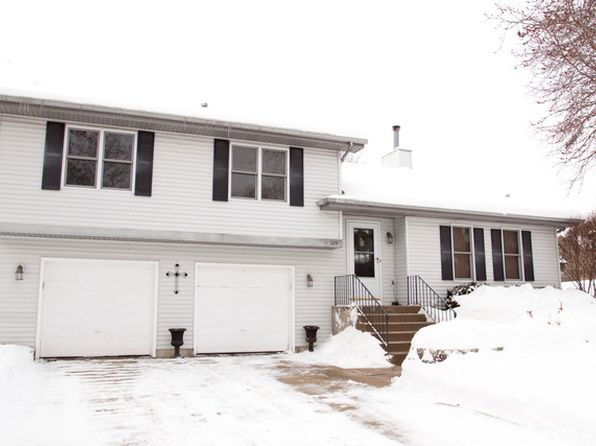 3 bed 3 bath Single Family at 209 N Bauer Rd McHenry, IL, 60050 is for sale at 210k - 1 of 19