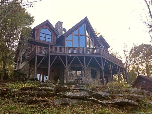 4 bed 5 bath Single Family at 324 Sugar View Trl Banner Elk, NC, 28604 is for sale at 1.09m - 1 of 24