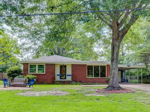 4 bed 3 bath Single Family at 403 Wayne St Clinton, MS, 39056 is for sale at 174k - 1 of 36
