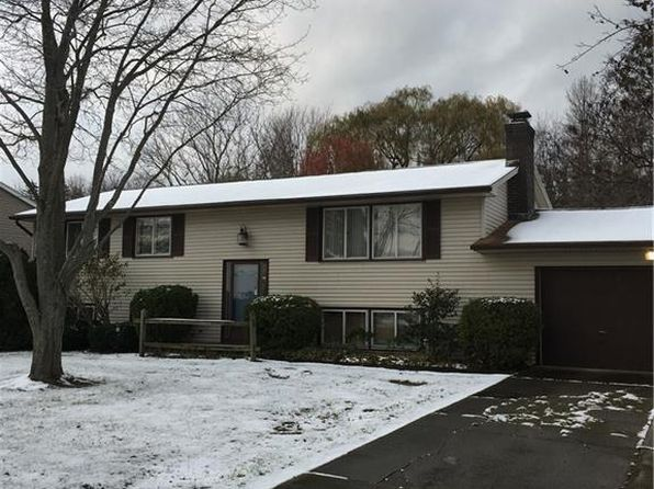 3 bed 2 bath Single Family at 315 Manitou Beach Rd Hilton, NY, 14468 is for sale at 140k - 1 of 11