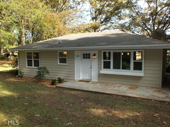 3 bed 1 bath Single Family at 1402 Pine Cir Stone Mountain, GA, 30087 is for sale at 140k - 1 of 36