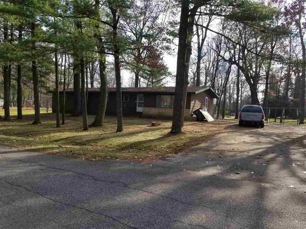 3 bed 2 bath Single Family at 207 E Park St Westfield, WI, 53964 is for sale at 114k - google static map
