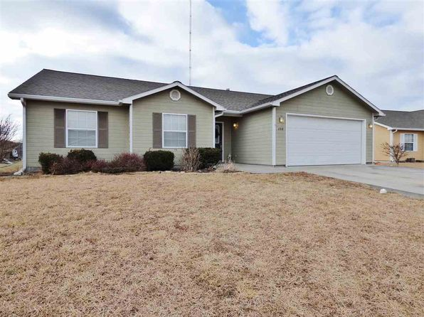 3 bed 2 bath Single Family at 105 Hackberry Ave Manhattan, KS, 66502 is for sale at 165k - 1 of 20