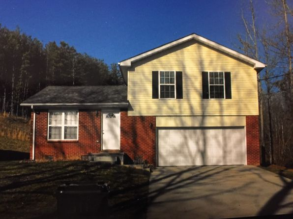 3 bed 2 bath Single Family at 45 E 4th St Beattyville, KY, 41311 is for sale at 120k - 1 of 2