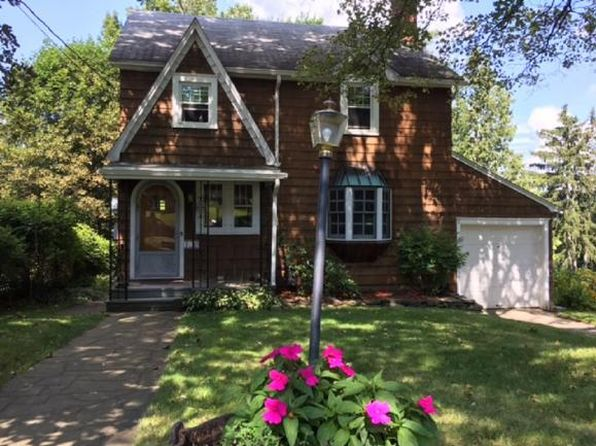 3 bed 1 bath Single Family at 138 Iris Dr Binghamton, NY, 13905 is for sale at 125k - 1 of 33
