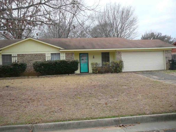 3 bed 2 bath Single Family at 1207 FULLER DR LONGVIEW, TX, 75602 is for sale at 90k - 1 of 2