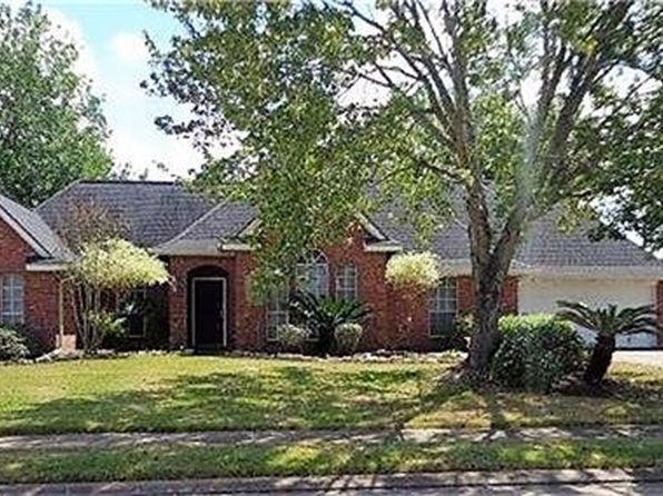 3 bed 2 bath Single Family at 56 Nandina Ct Lake Jackson, TX, 77566 is for sale at 229k - 1 of 19