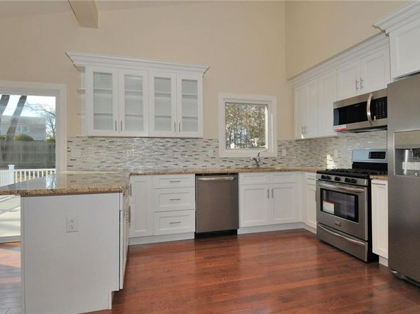4 bed 3 bath Single Family at 14 Halick Ct East Brunswick, NJ, 08816 is for sale at 599k - 1 of 25