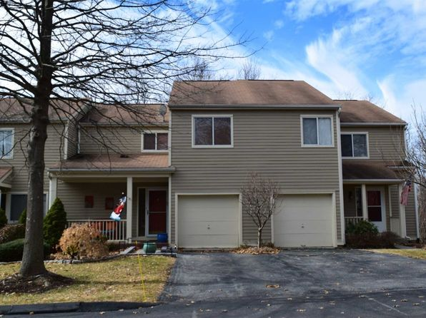 2 bed 3 bath Townhouse at 22 MEADOW WAY HOPEWELL JUNCTION, NY, 12533 is for sale at 305k - 1 of 28