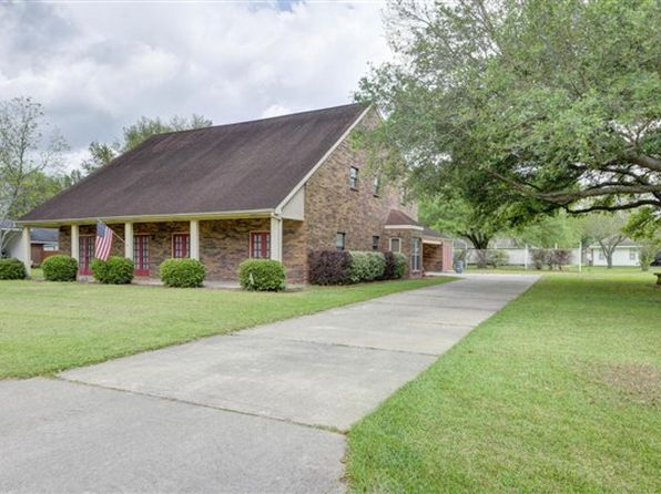 5 bed 4.5 bath Single Family at 105 Bermuda Cir Scott, LA, 70583 is for sale at 260k - 1 of 3