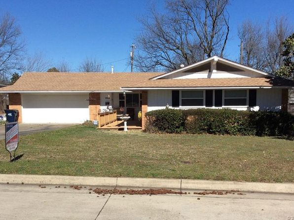 3 bed 2 bath Single Family at 1504 E 4th St Ada, OK, 74820 is for sale at 120k - 1 of 24