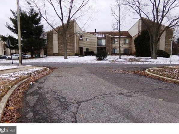 2 bed 2 bath Townhouse at 110 Bradford Ct Westampton, NJ, 08060 is for sale at 75k - 1 of 3