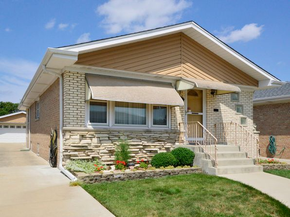 3 bed 2 bath Single Family at 8672 W Ainslie St Norridge, IL, 60706 is for sale at 320k - 1 of 32