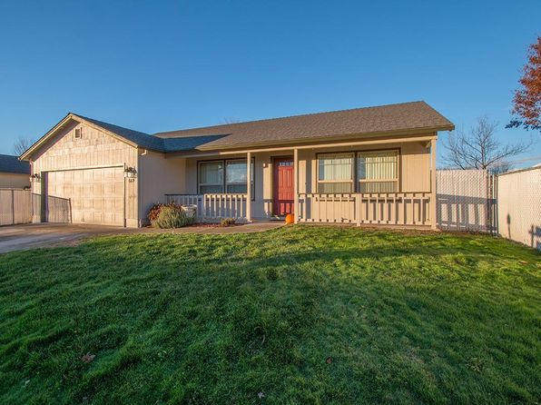 3 bed 2 bath Single Family at 669 Karic Way Eagle Point, OR, 97524 is for sale at 240k - 1 of 24
