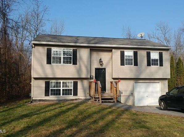 4 bed 2 bath Single Family at 25 Clark St Hudson Falls, NY, 12839 is for sale at 148k - 1 of 32