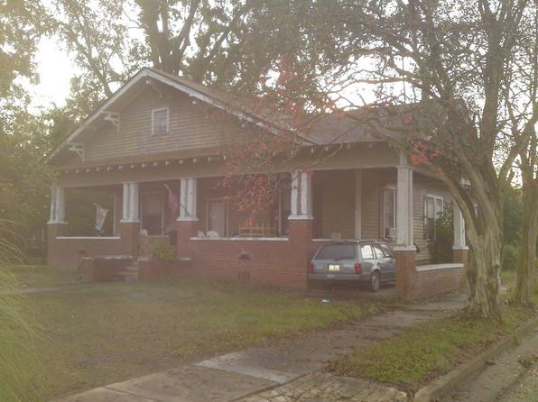 3 bed 1 bath Single Family at 120 W Market St Timmonsville, SC, 29161 is for sale at 25k - 1 of 10