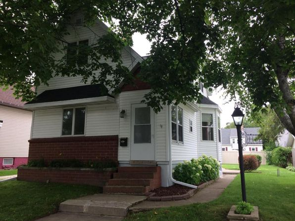 3 bed 2 bath Single Family at 1112 Green St Manitowoc, WI, 54220 is for sale at 93k - 1 of 16