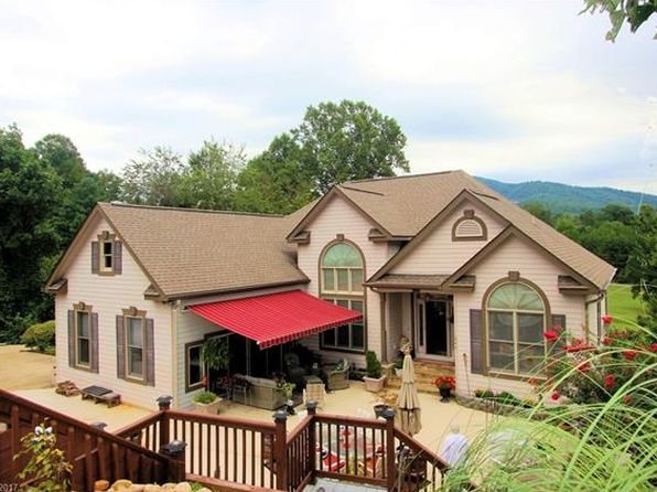 black singles in lake lure Single family home for sale in lake lure, nc for $209,000 with 2 bedrooms and 2 full baths this 1,284 square foot home was built in 2004 on a lot size of 2360 acre(s.