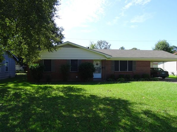 3 bed 1.5 bath Single Family at 1111 W Jefferson Ave Greenwood, MS, 38930 is for sale at 79k - google static map