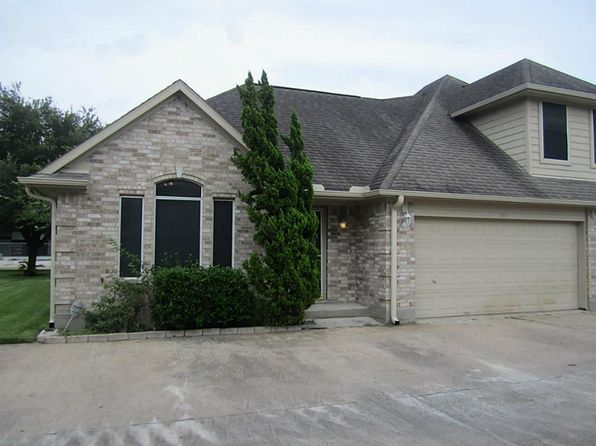 3 bed 2.5 bath Townhouse at 919 Birnham Woods Blvd Pasadena, TX, 77503 is for sale at 120k - 1 of 19