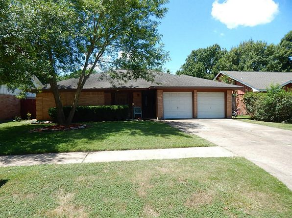 3 bed 2 bath Single Family at 11038 Caribbean Ln Houston, TX, 77089 is for sale at 140k - 1 of 14