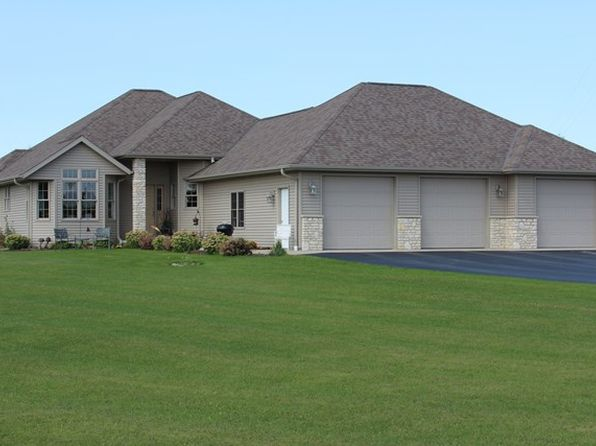 3 bed 2 bath Single Family at 11627 Humbug Rd Town of Liberty Grov, WI, 54234 is for sale at 425k - 1 of 25